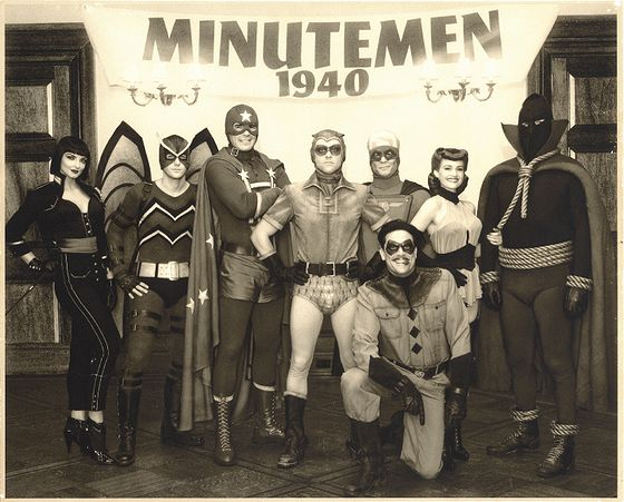 watchmenminutemenphotolite.jpg